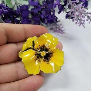 Beautiful VTG Pansie Flower Brooch
